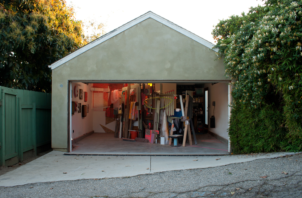 KINKEAD POP-UP RESIDENCY, LOS ANGELES, CA (MARCH 19 - MAY 5, 2013) I had a great time working on an extensive project in the garage space working with the available materials in the vicinity. Works included the installation, small wall pieces, and an stop-motion video the documented the extent of the production