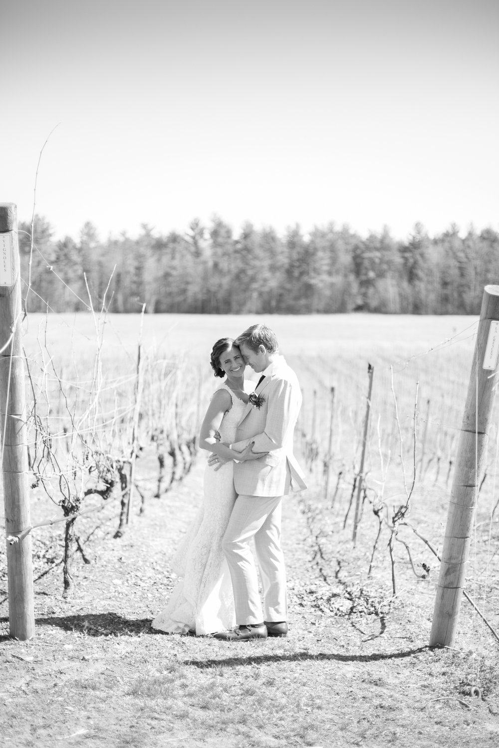 Seacoast New Hampshire Wedding Photographer | flag hill winery and distillery wedding venue | lee, nh | amy brown photography