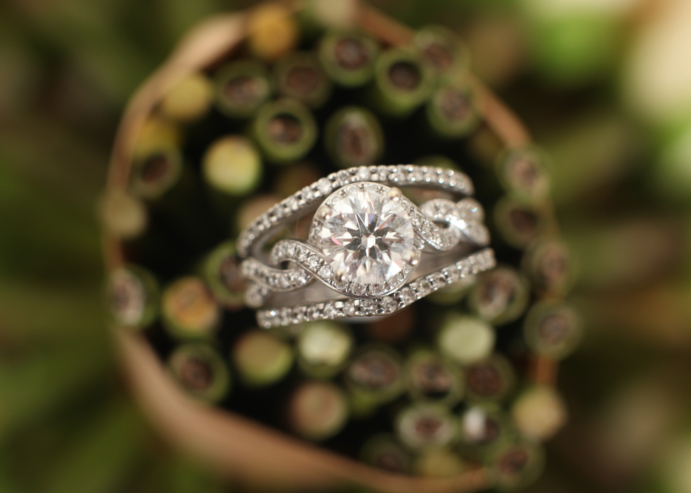 NH wedding photographer | bridal ring set | bridal details | jareds galleria
