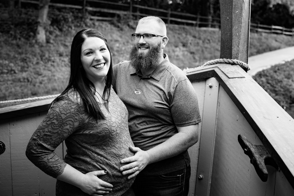maternity photography toledo
