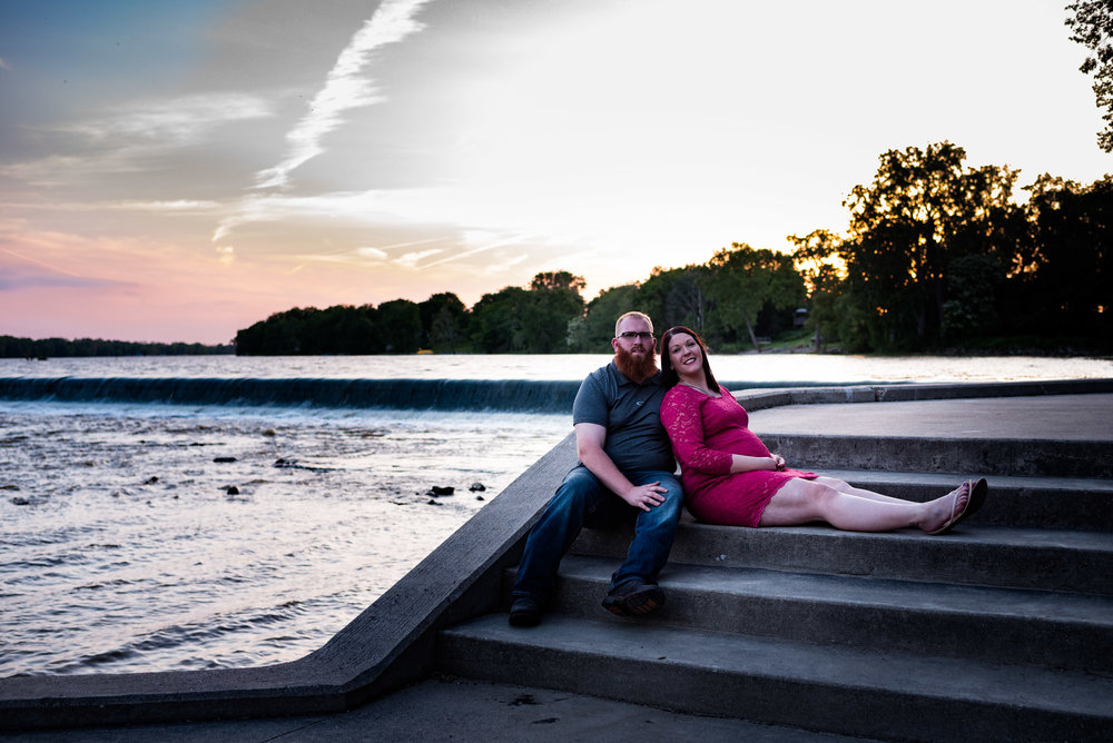 maumee river maternity photos