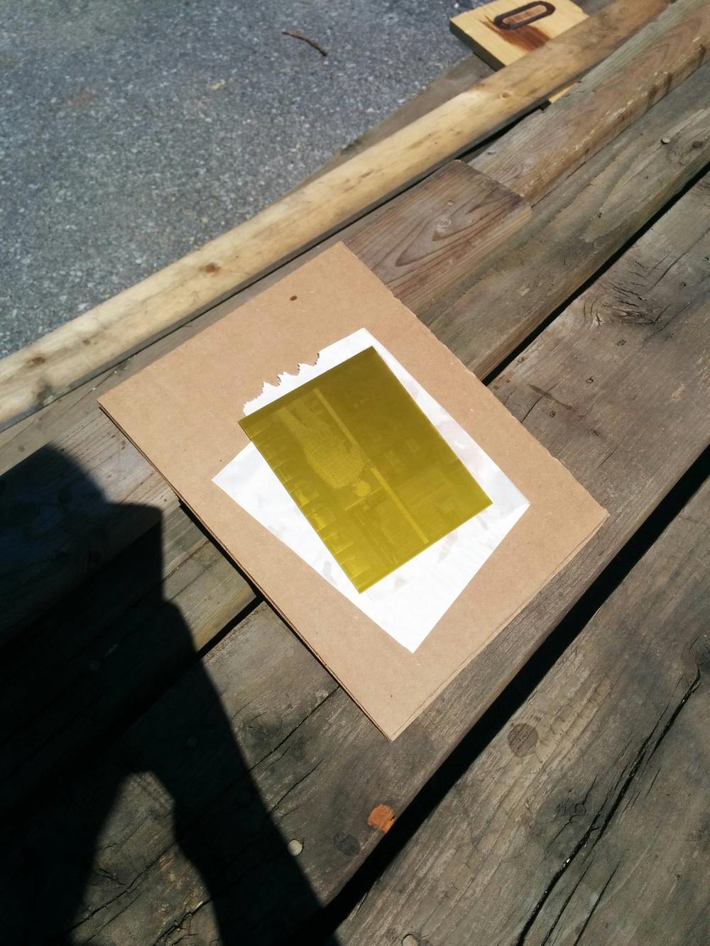 Exposing solarplates in the sun