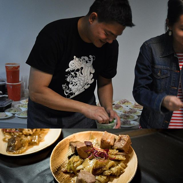 We've got awesome new #photos rolling in from the closing #event on Tuesday and we're picking the best ones to share! Here's #Chef Larry Reutens and the #hainanese #chickenrice he made for all of us! #sgfood #sohungryrightnow #singapore #sg50