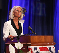 Anne Graham Lotz (photo courtesy of www.fggam.com)