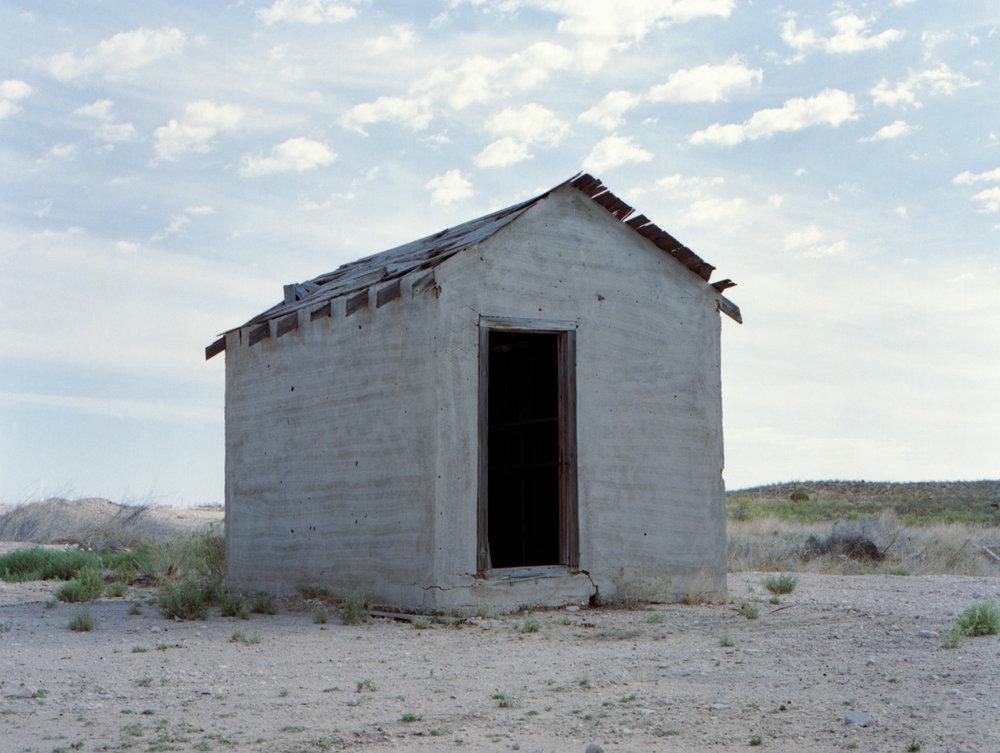 Mamiay 645 | Kodak Portra 400 | Solitude