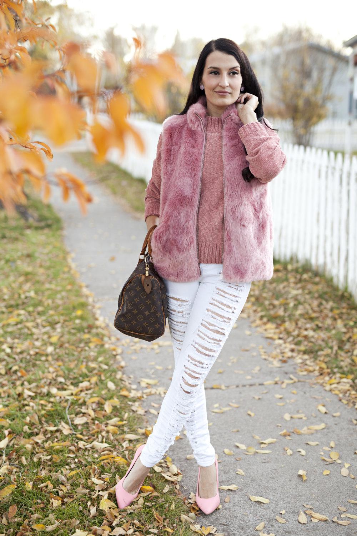 PinkFurVest_9892.jpg