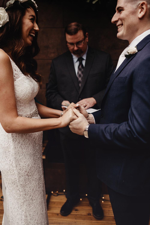 CABIN WEDDING SKAMANIA LODGE_JOSH HALEY_JENNY CHOKBENGBOUN PHOTO _-112 copy.jpg