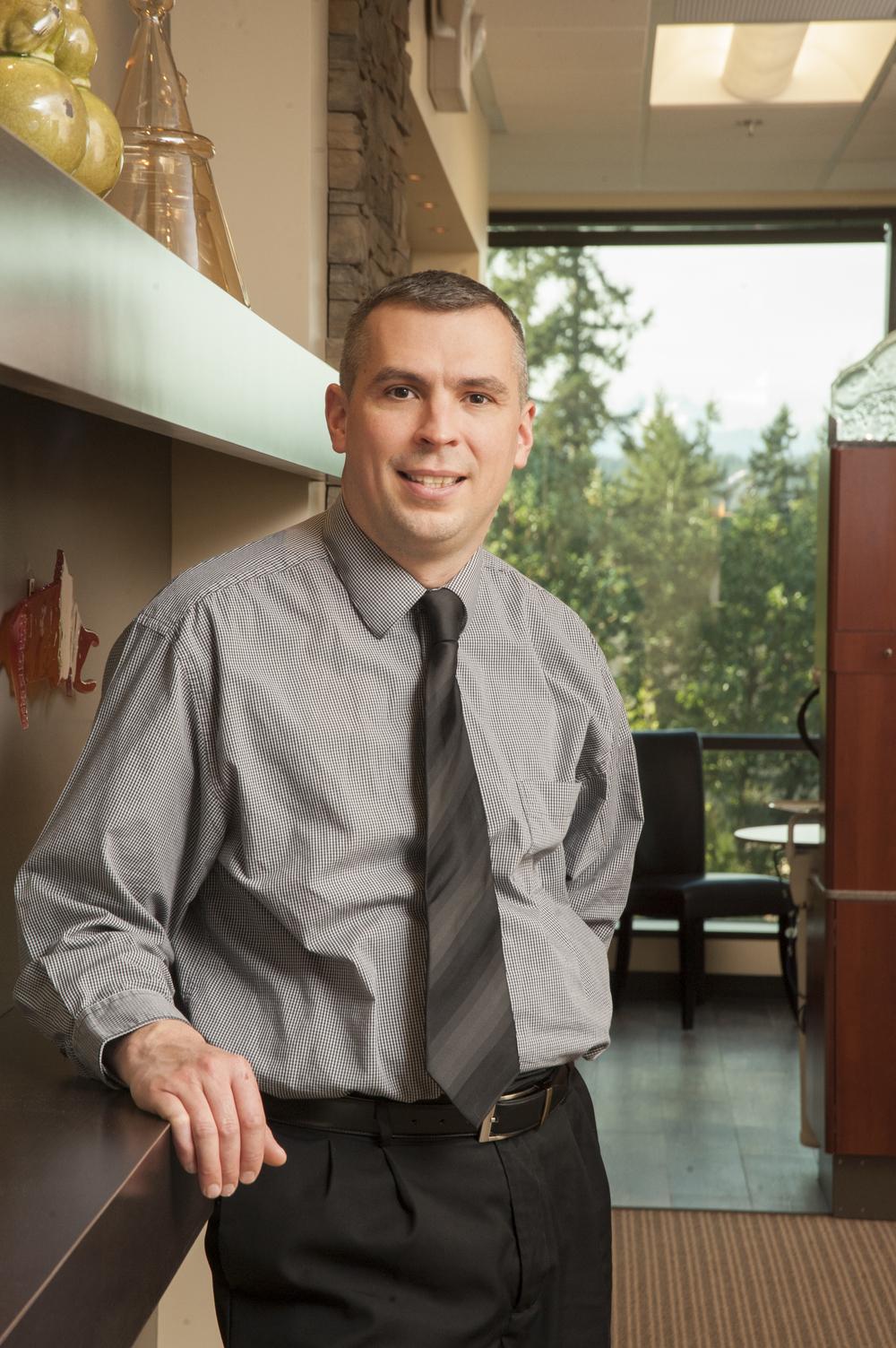 Dr. Scott Stewart - experienced dentist, caring leader, wise visionary (Dr. Scott Stewart General Family Dentist, Silverdale Dentist)