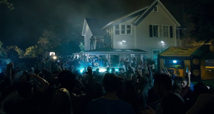 "Utter chaos. Photo courtesy of the movie ""Project X"" by Warner Brothers."