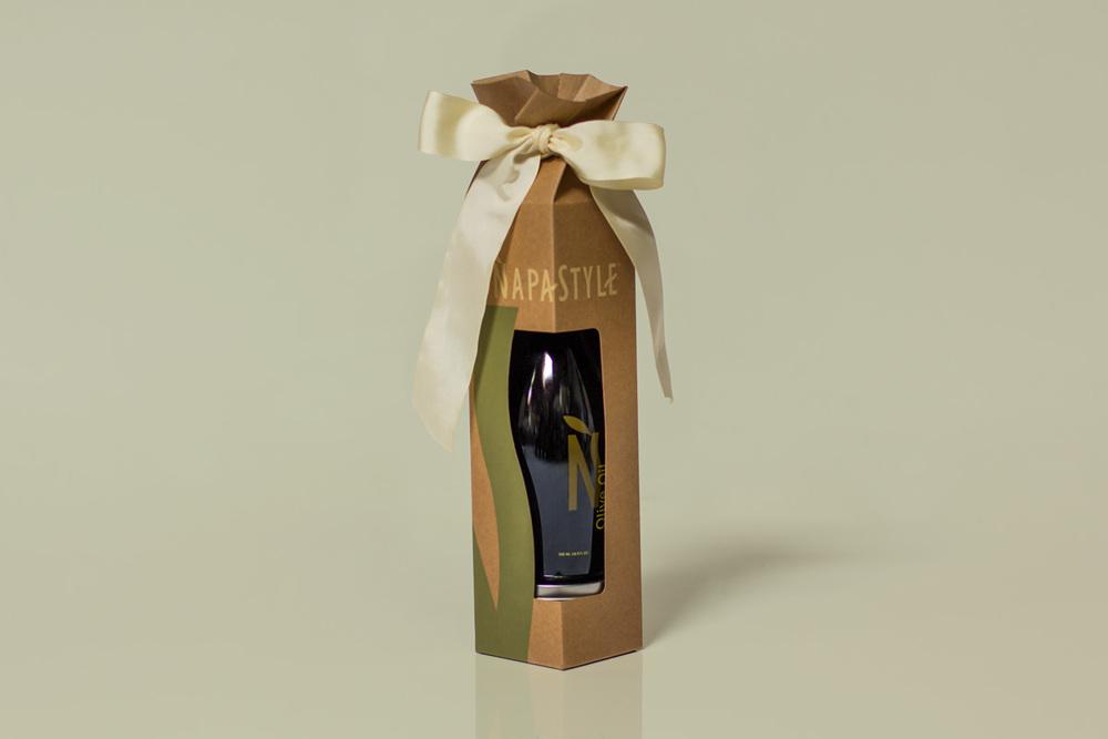 napa-style-olive-oil-salt-rob-repta-design-packaging-1.jpg