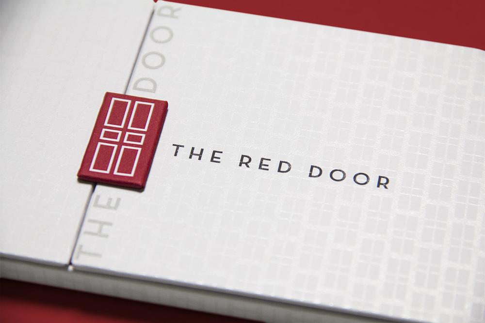 elizabeth-arden-the-red-door-spa-retail-packaging-design-rob-repta-2.jpg