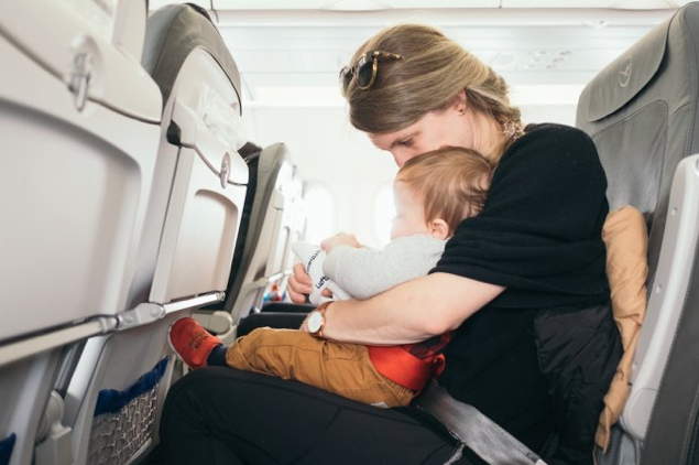 Flying-with-toddlers