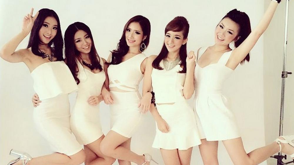 Meet our gorgeous COMEX babes: Denise, Tifflin, Karen, Janessa and Demi.