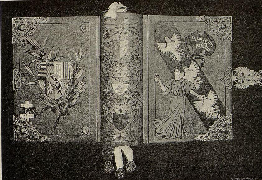 Livre d'or réalisé par Prouvé et Wiener pour le Tsar de Russie