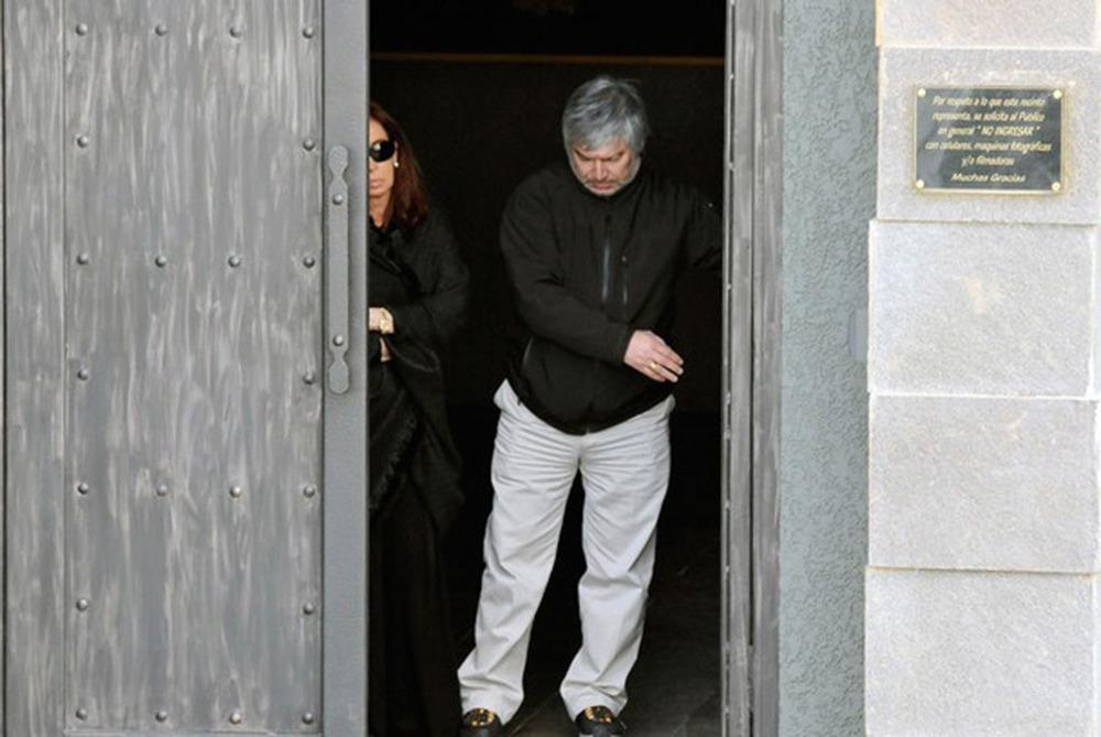 Lazaro Baez, entrepreneur argentin proche de la présidente Cristina Kirchner (à gauche) © Keystone