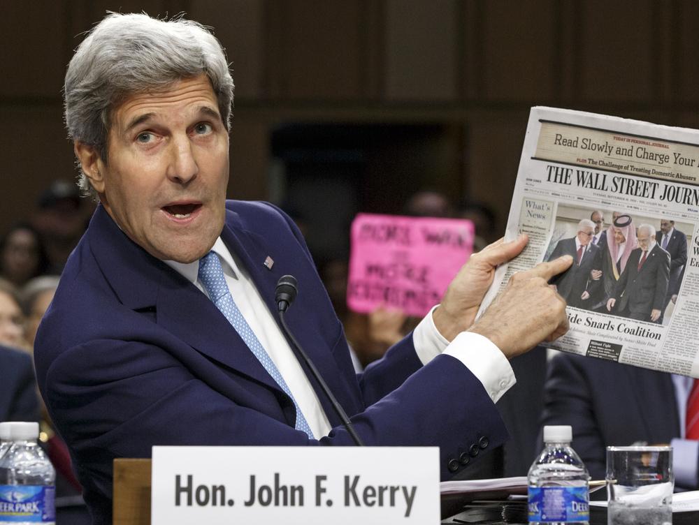 Le secrétaire d'état John Kerry explique devant la commission des affaires extérieures du sénat étasunien la stratégie du gouvernement pour lutter contre l'«état islamique». © Scott Applewhite / Keystone / AP Photo / Washington, 17 septembre 2014