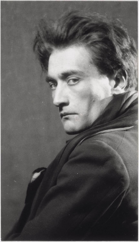01. Man Ray_Antonin Artaud_L
