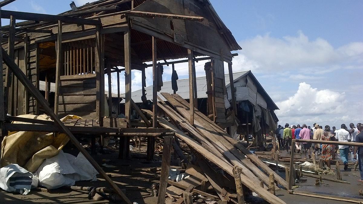 Un site sinistré sur la côte de Cap Cameroun. © Madeleine Ngeunga