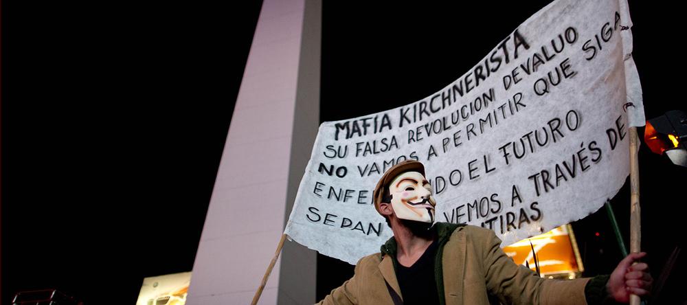Dans le rue argentines, la condamnation populaire du «kirchnerisme». © Keystone / AP photo / Natacha Pisarenko / Buenos Aires, 8 août 2013