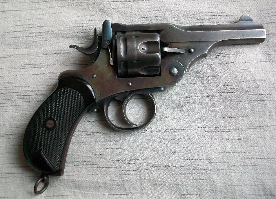 455 Webley, arme utilisée par les agents britanniques durant la Première Guerre mondiale, aurait été utilisée pour tuer Raspoutine. © DR