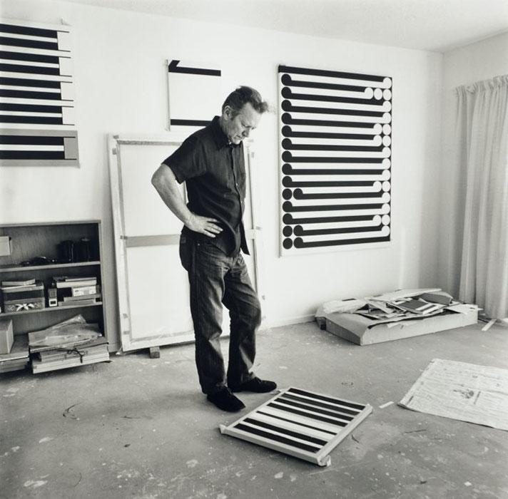 Featured | Marti Friedlander, 'Gordon Walters in his studio 1978' EH McCormick Research Library, Auckland Art Gallery Toi o Tāmaki Courtesy Gerrard and Marti Friedlander Charitable Trust