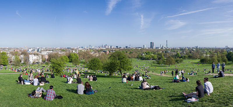 800px-primrose_hill_panorama_london_-_april_2011.jpg