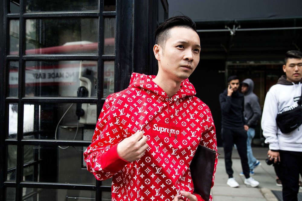 supreme-louis-vuitton-london-streetsnaps-4.jpg