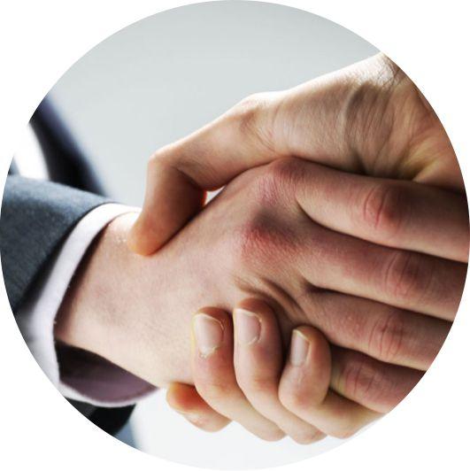 Services - Banques, assurances, garantisseurs, loueurs et prestataires de services automobiles.