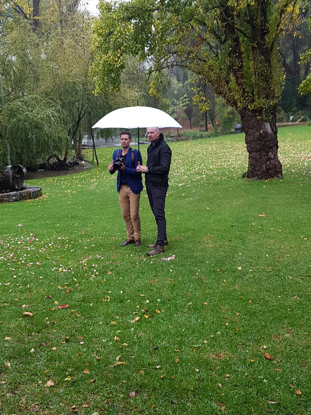 Mark Dohring's exceptional umbrella holding skills on display