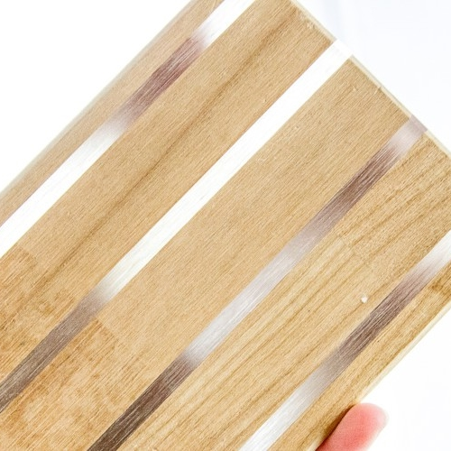 Solid-wood laminated panel