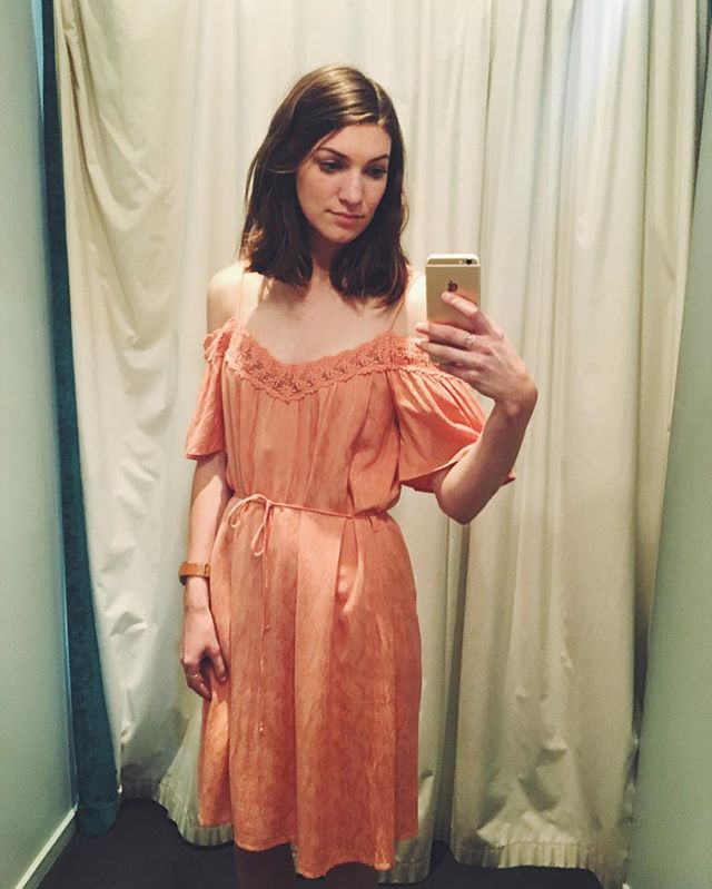 Peach dreams 🍑🍉(no I didn't buy it, but a girl sometimes needs to dream of stone fruit and summer in change rooms). . . #playingdressups #peach #dress #selfie #summer