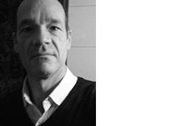JÜRG SCHNEIDER HISTORIAN AND CURATOR BASEL, SWITZERLAND Jürg Schneider est un chercheur affilié au Centre d'Etudes Africaines à l'Université de Bâle. Il est co-fondateur de africaphotography.org, un site internet dédié aux photographes africains qui ont profondément contribué au développement visuel du continent depuis le 19ème siècle. Il est également co-fondateur de african-photography-initiatives.org, un site impliqué dans divers projets visant à promouvoir le riche patrimoine photographique de l'Afrique.- www.african-photography-initiatives.org