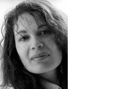 MICHKET KRIFA CURATOR PARIS, FRANCE  Michket Krifa est conservatrice indé-pendante, auteure et consultante pour les arts visuels au Moyen-Orient et en Afrique. Elle vit à Paris et est la directrice artistique de la 8ème et 9ème édition de Les Rencontres de Bamako, Biennale Africaine de la Photographie, depuis 2009. Michket Krifa collabore avec de nombreuses institutions et a organisé des événements photographiques venant du Moyen-Orient et d'Afrique en Europe et à l'étranger.