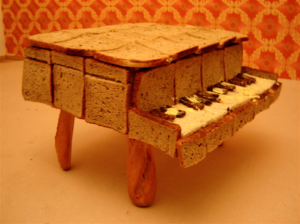 pianobread1.jpg