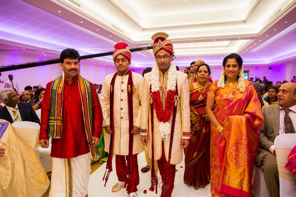 Yasiga & Dinesh Hindu Wedding-7112.jpg