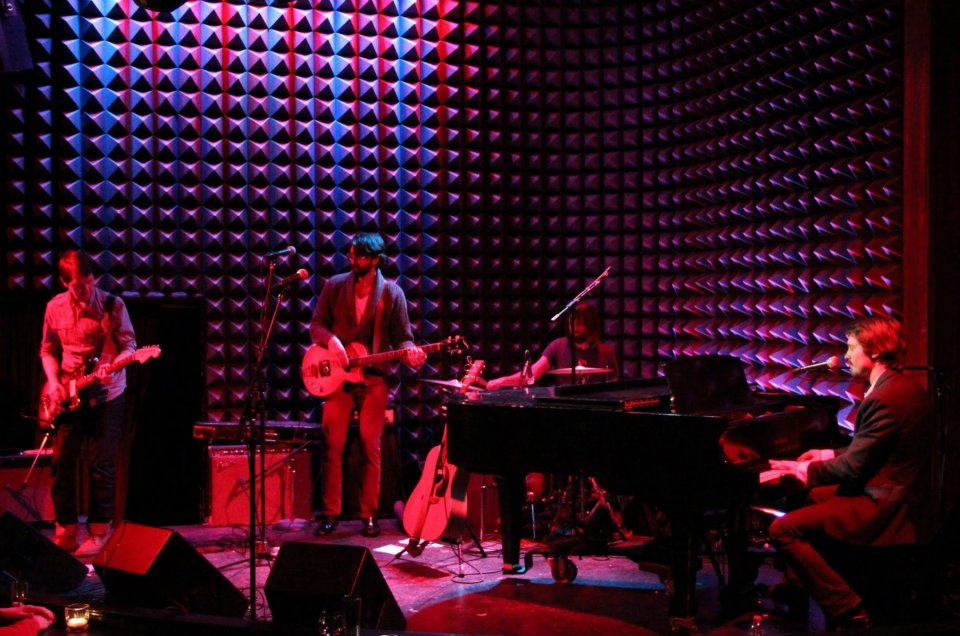 Easy Tells Joe's Pub