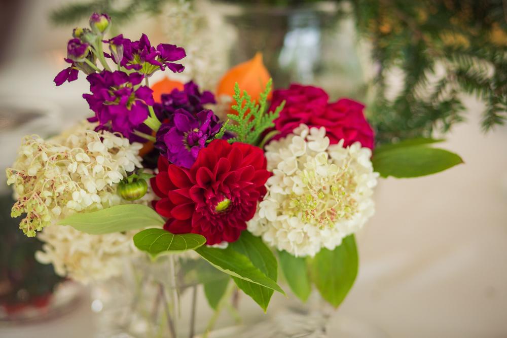 dahlia_hydrangea_wildflower_bouquet