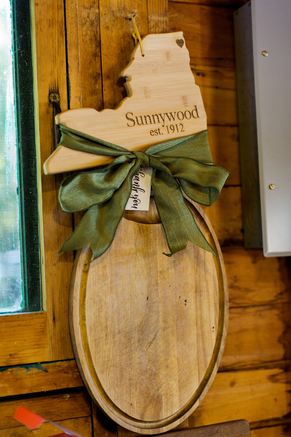 custom_wedding_gifts_adirondacks