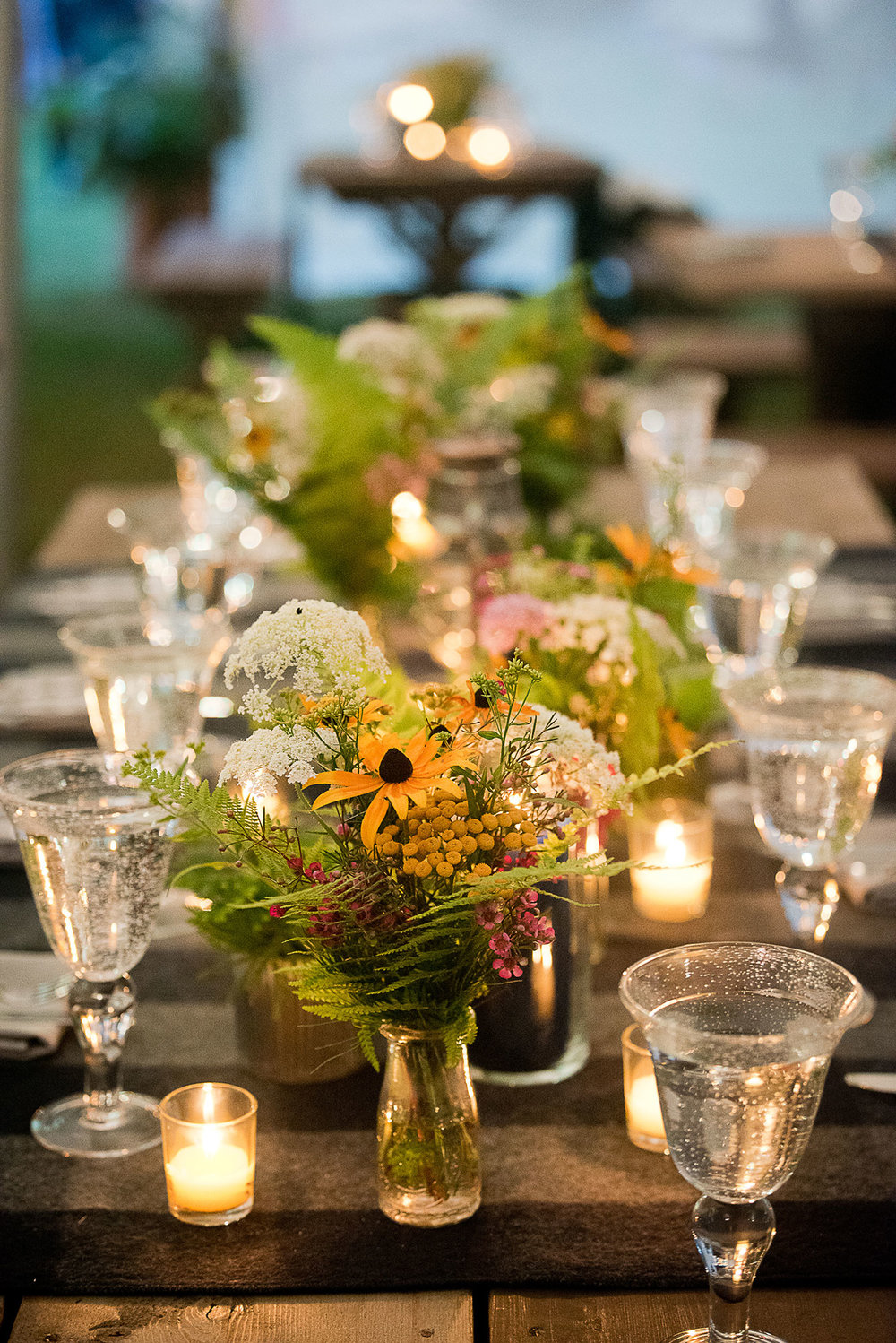 sunflower_greens_wedding_reception_table_perennia.jpg
