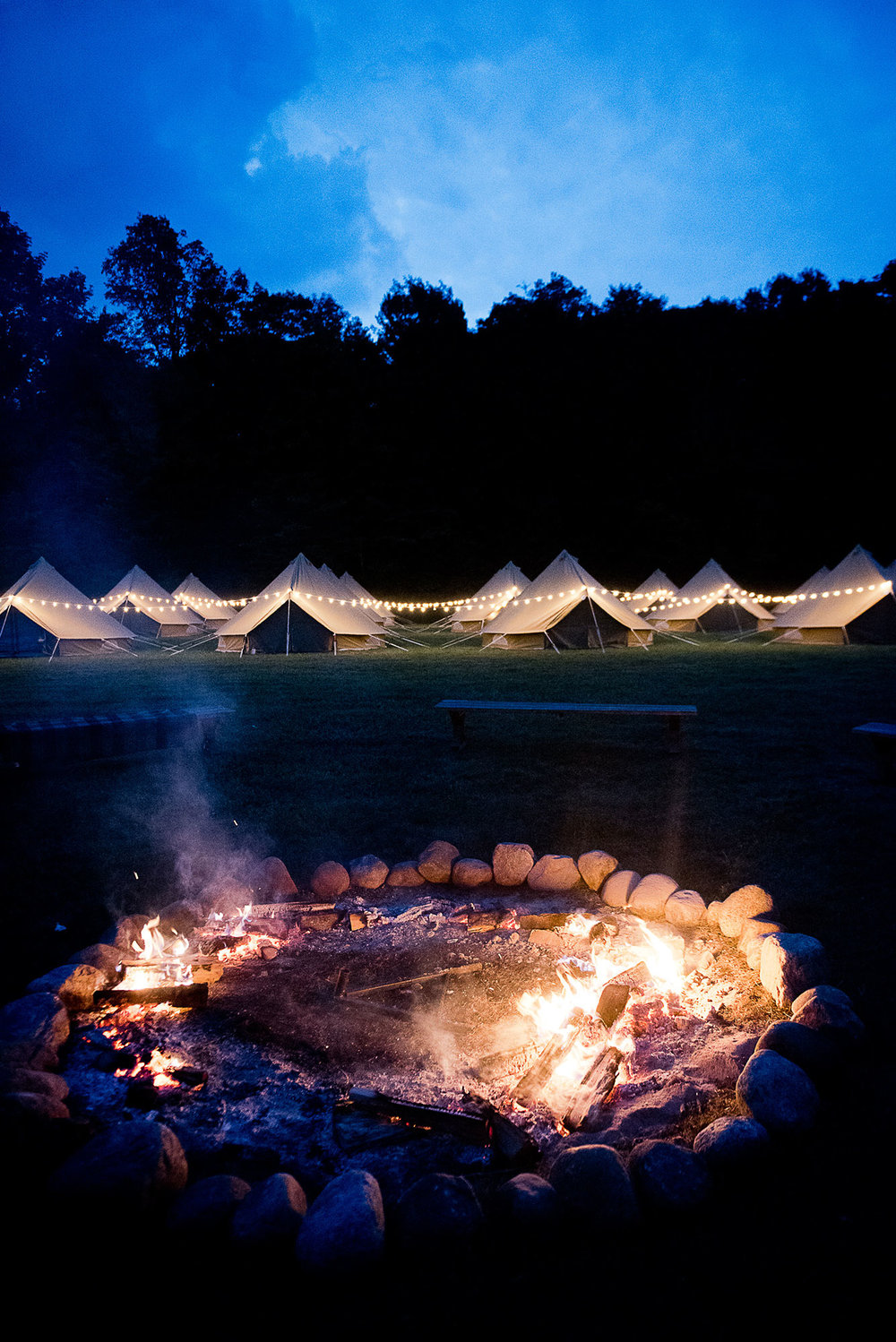 wilderness_wedding_campfire_guest_tents.jpg