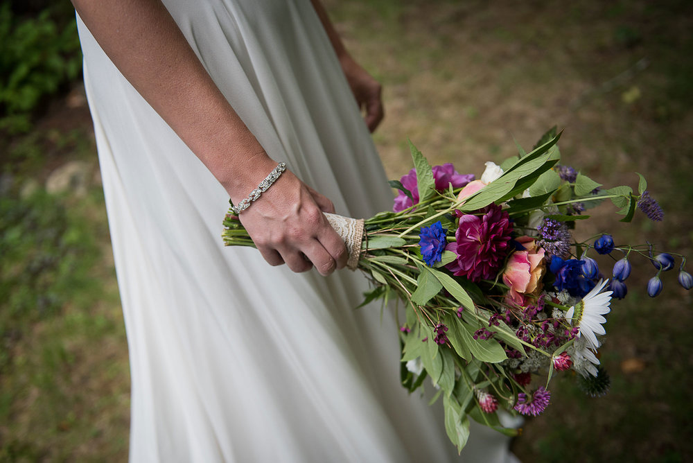 perennia_long_lake_adirondack_wedding_bouquet.jpg