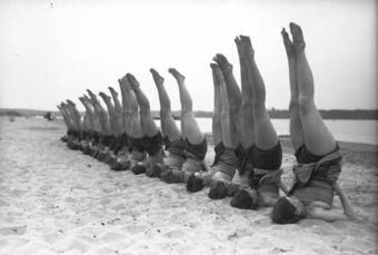 vintage-yoga1.jpg