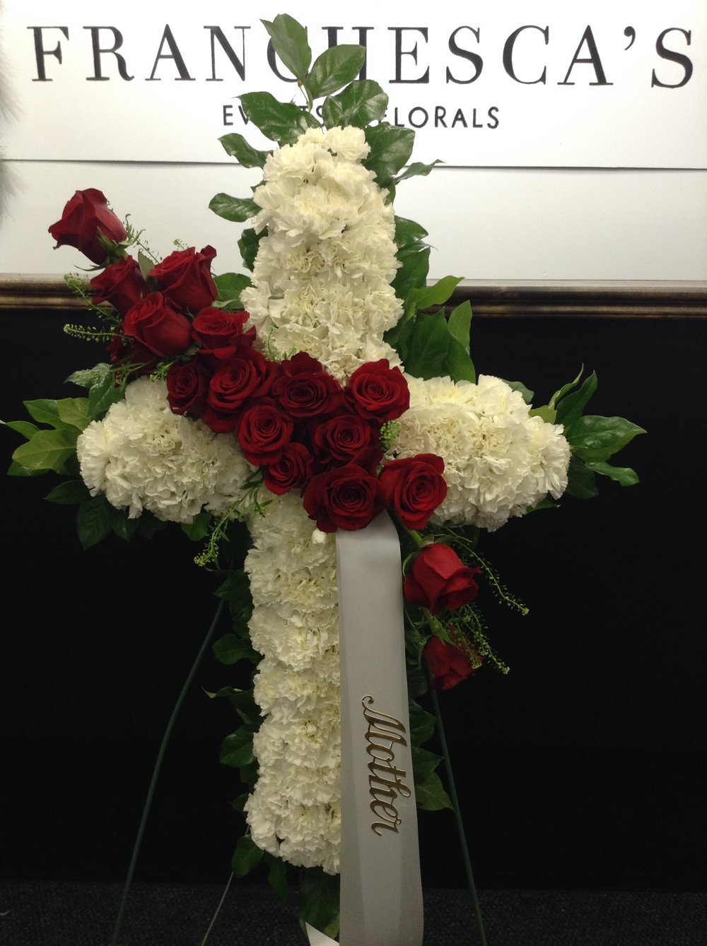 Funeral cross franchescas events floral funeral cross izmirmasajfo