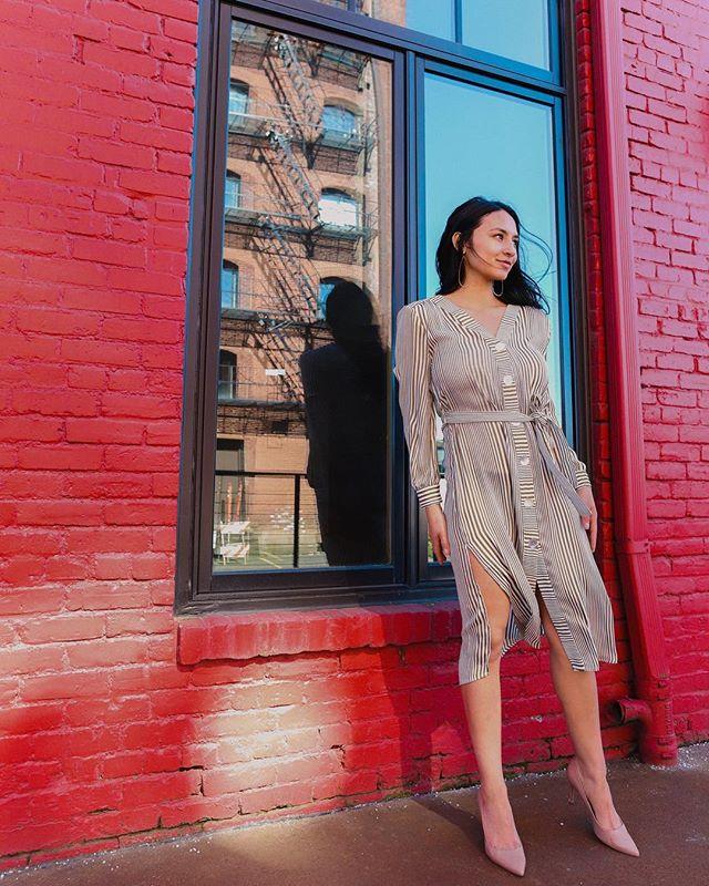 Never underestimate the power of a well dressed woman.  #missmeers #oakwaycenter #downtowncorvallis #bridgeportvillage #kennethcole
