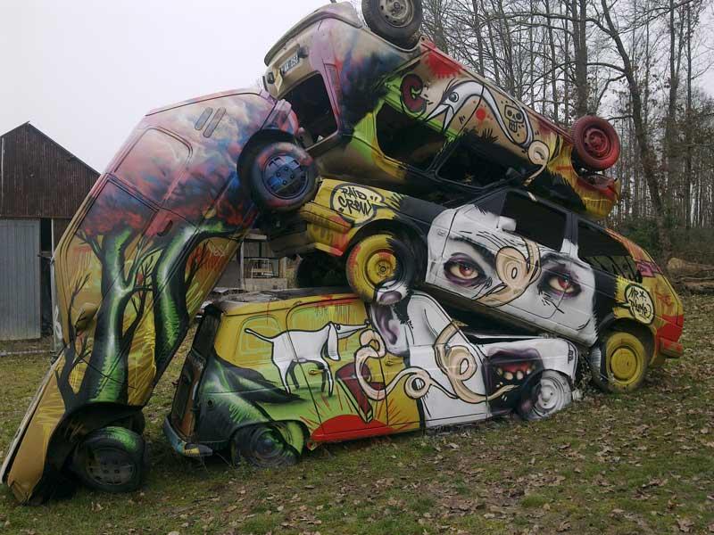 2010 - Broken Cars