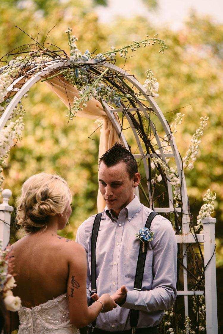 barn-wedding-minnesota.jpg