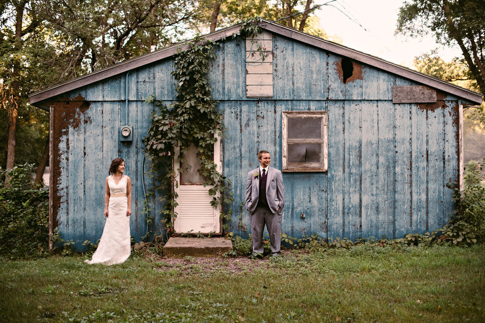minnesota-backyard-wedding-photographer-3.jpg