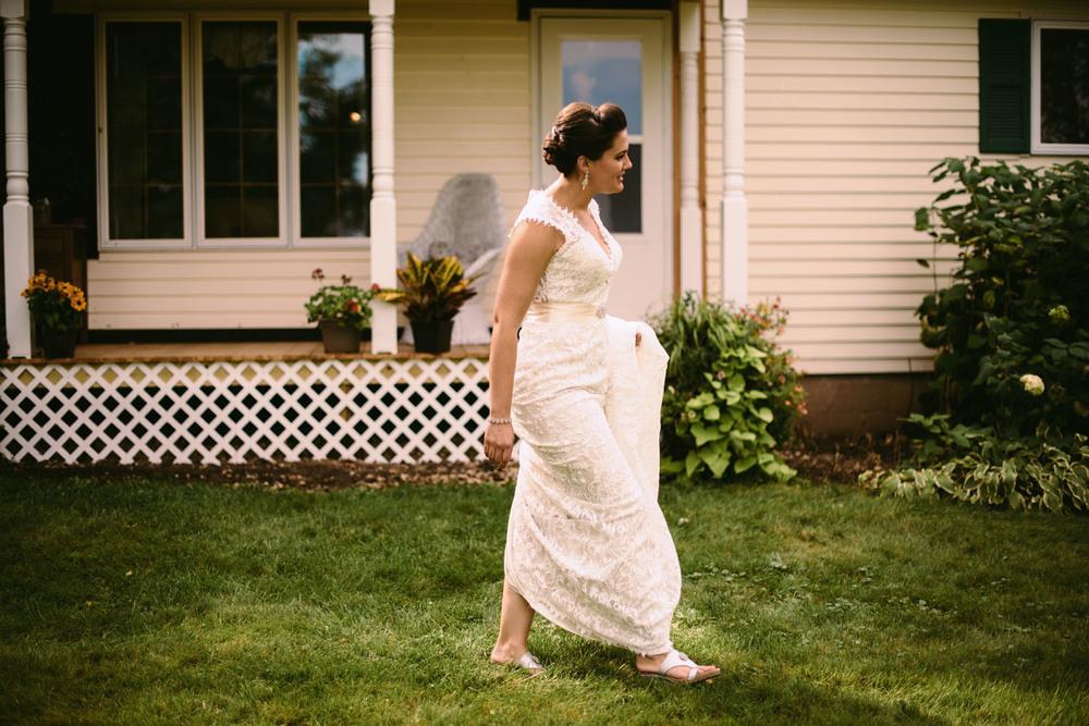 backyard-wedding-first-look-wisconsin.jpg