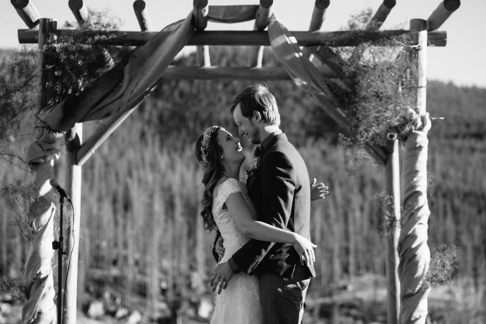 outdoor-wedding-ceremony-destination-wedding-photographer.jpg