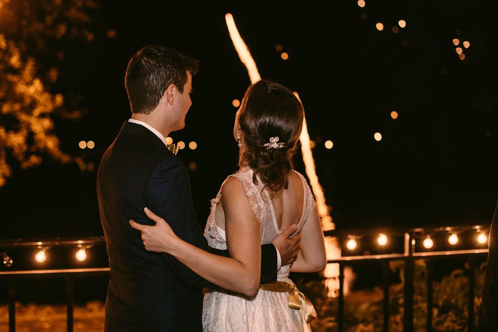 outdoor-wedding-photographer-minnesota-2.jpg
